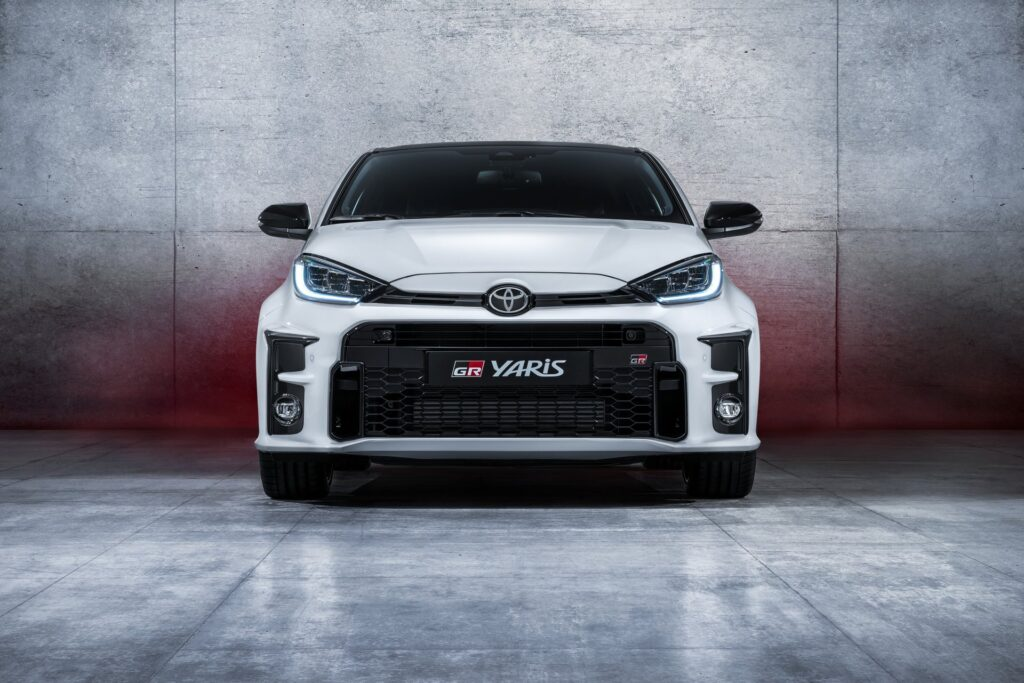 front - yaris gr